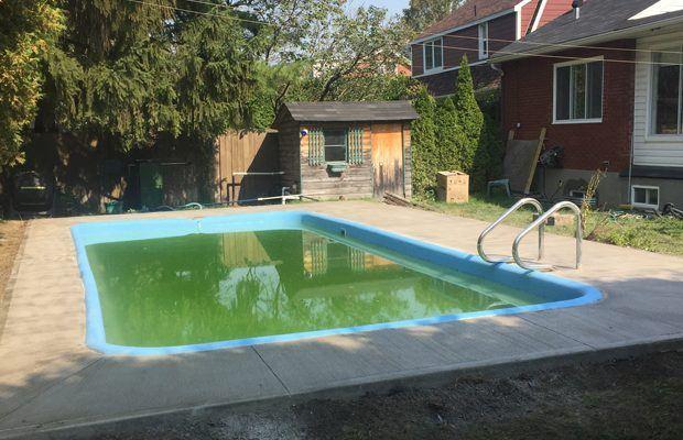 Trottoir béton piscine après